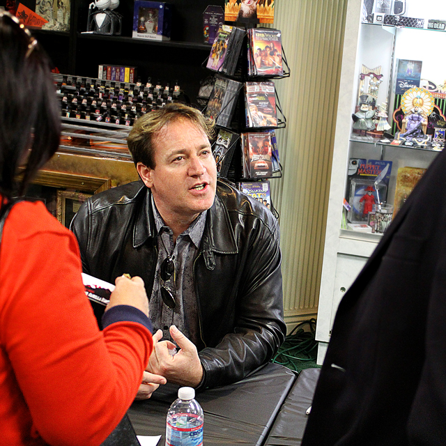 lakeshore-records-meet-greet-05.jpg